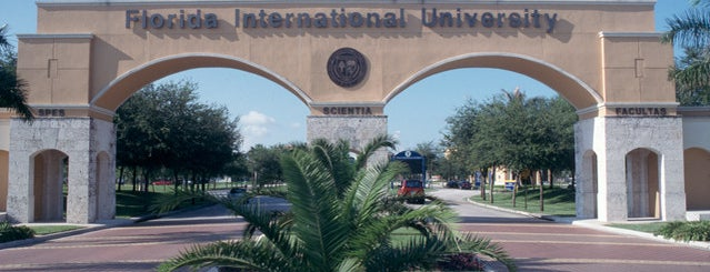 Universidad Internacional de Florida is one of Miami - 2016.