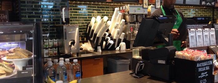 Starbucks is one of Posti che sono piaciuti a ᴡ.