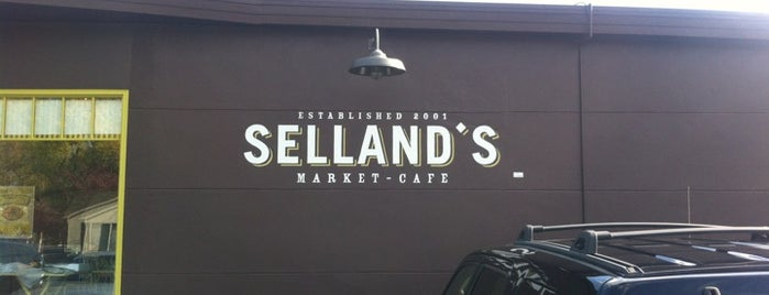 Selland's Market-Café is one of Lugares guardados de Vignesh.