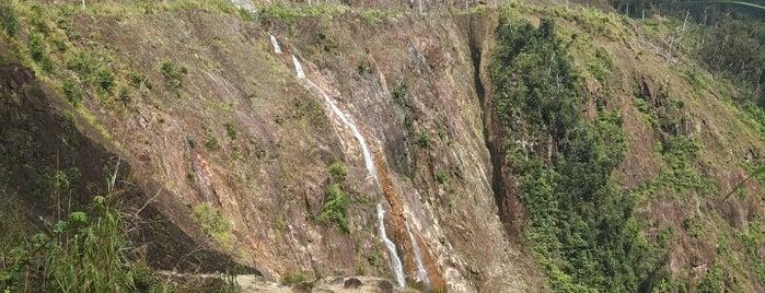 1500 m waterfall is one of Posti che sono piaciuti a Илья.