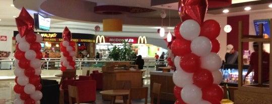 Krispy Kreme is one of Orte, die Daniel gefallen.