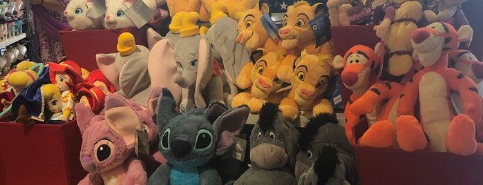 Disney Store is one of Orte, die Kyusang gefallen.