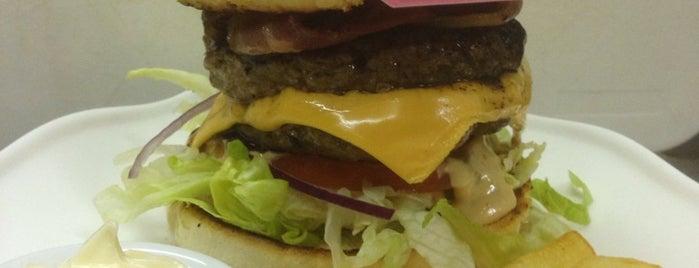 Deluxe Burger is one of Lieux sauvegardés par Jeroen.
