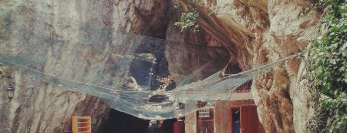 Oylat Mağarası is one of * ECOTOURISM GUIDE *.
