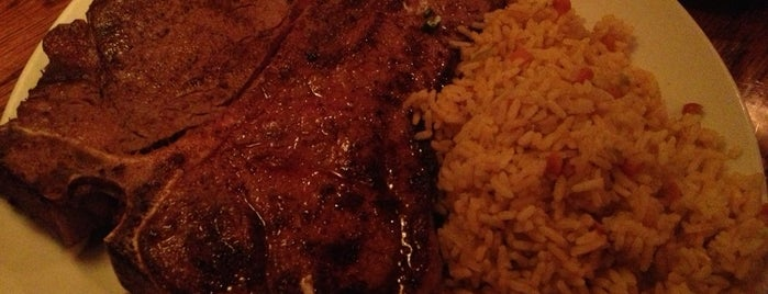 Outback Steakhouse is one of Posti che sono piaciuti a Harlem's.