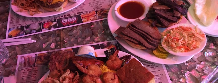 Dallas BBQ is one of Posti che sono piaciuti a Harlem's.