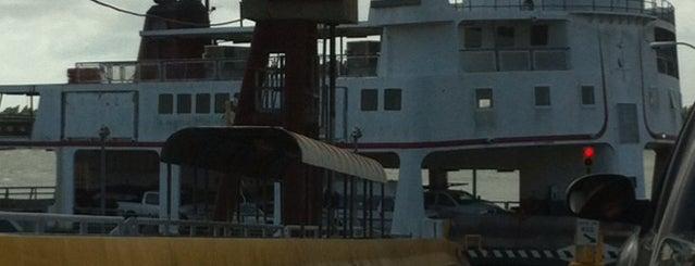Chalmette-Algiers Ferry is one of สถานที่ที่ Christine ถูกใจ.