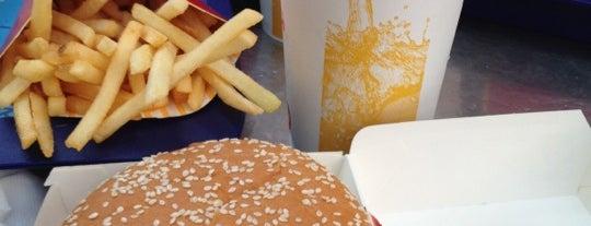McDonald's is one of Lieux sauvegardés par Hamed.