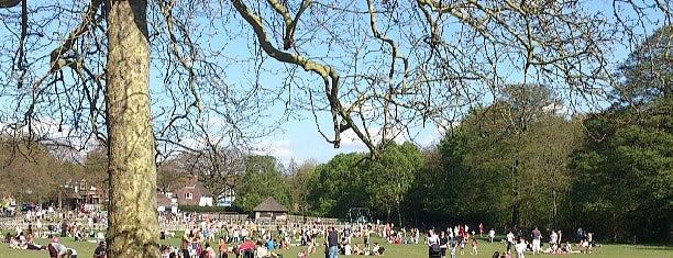 Sutton Park, Town Gate is one of Tempat yang Disukai Steve.