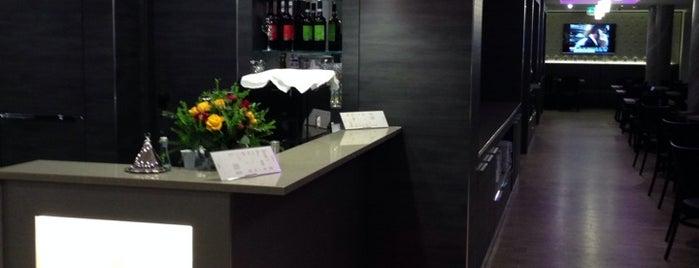 Hotel Vier Jahreszeiten is one of Berlin to-do list.