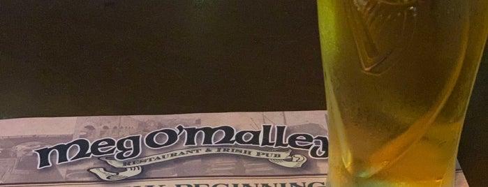 Meg O'Malley's Restaurant is one of Tempat yang Disukai Sarah.
