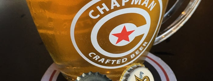 Chapman Crafted Beer is one of Locais curtidos por strixtle.