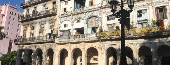Paseo del Prado (Paseo Marti) is one of La Habana.