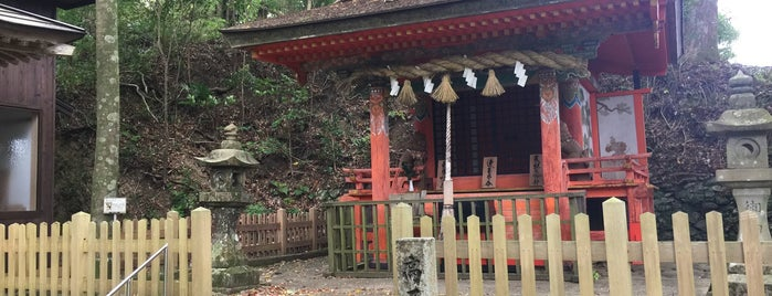 高原熊野神社 is one of Locais curtidos por Brad.