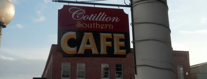 Cotillion Southern Cafe is one of สถานที่ที่บันทึกไว้ของ Lizzie.