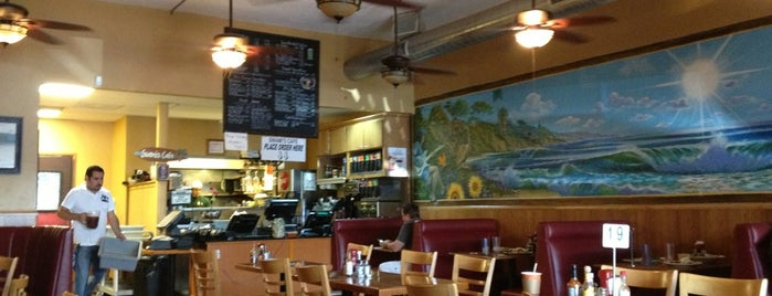 Swami's Cafe is one of La Mesa.