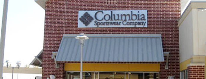 Columbia Sportswear Company is one of Stephania 님이 좋아한 장소.