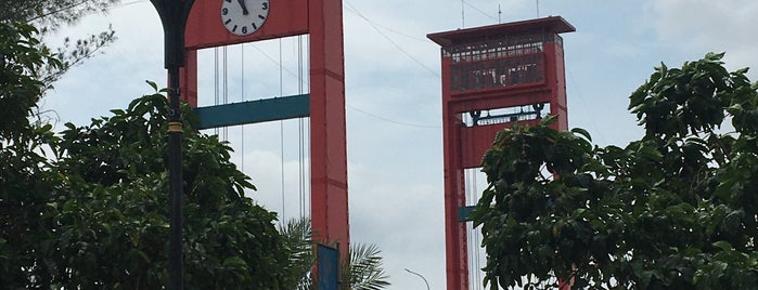Jembatan Ampera is one of Locais curtidos por Runes.
