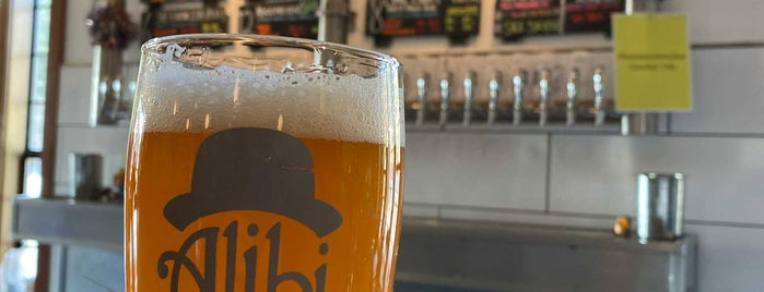 Alibi Ale Works is one of Lugares favoritos de Josh.