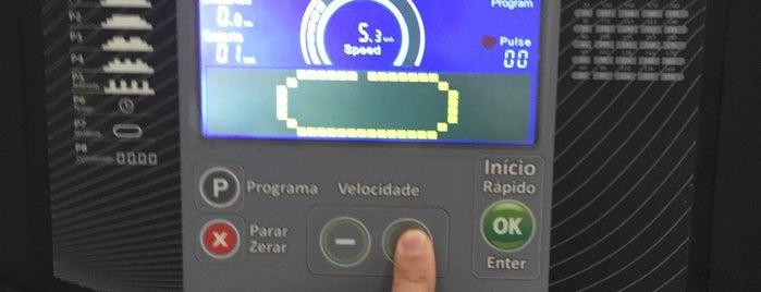Smart Fit is one of Locais curtidos por Presi.