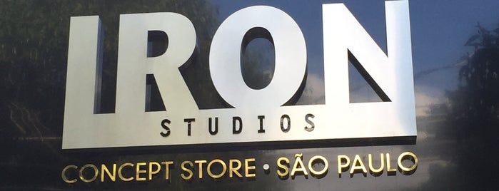 Iron Studios Concept Store is one of Tempat yang Disukai Bruno.