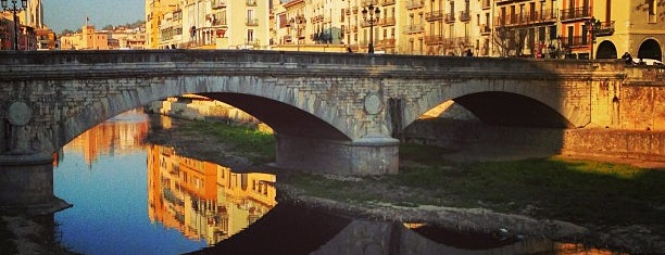 Pont de Pedra is one of cuadrodemando 님이 좋아한 장소.