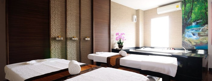 Kiri Tara Spa and Massage is one of darunee 🌸 님이 좋아한 장소.