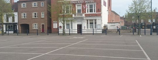 The New England Hotel is one of Orte, die Carl gefallen.