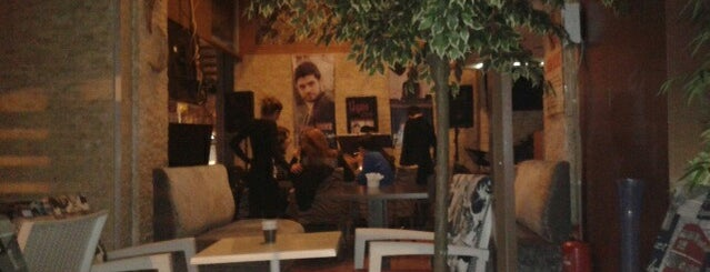 Ligos Cafe&Bar is one of Tempat yang Disukai 'Savaş.
