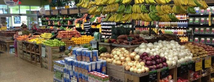 Whole Foods Market is one of Posti che sono piaciuti a Kathleen.