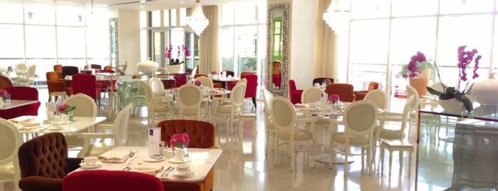 Rhodes Mezzanine is one of Dubai's very best Places = P.Favs.