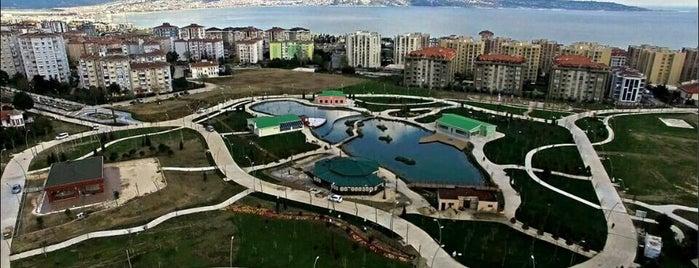 Atatürk Parkı Cumhuriyet Koruluğu is one of Locais curtidos por Acar.