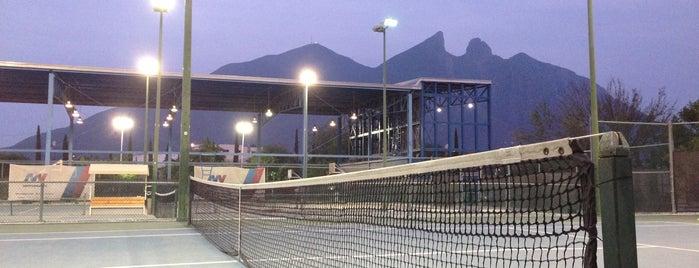 Centro Deportivo Tecnológico is one of สถานที่ที่ Brian ถูกใจ.