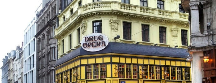 Drug Opera is one of Bons plans Bruxelles.