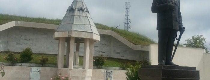 Şükrü Paşa Anıtı is one of Tarih/Kültür (Marmara).