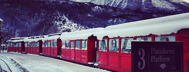 Estación del Fin del Mundo [Tren del Fin del Mundo] is one of Locais curtidos por Aline.