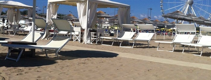Turquoise Beach Club is one of Riviera Adriatica.