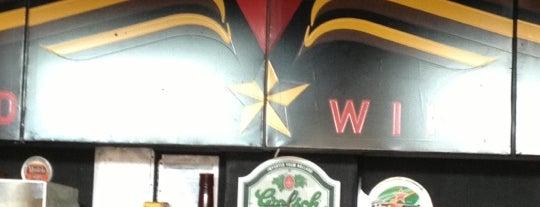 Delta Wings is one of Comidas en Puebla.
