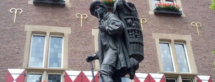 Grosser Kiepenkerl is one of Münster - must visit.