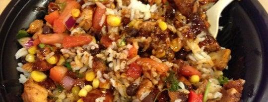 QDOBA Mexican Eats is one of Posti che sono piaciuti a Angela.
