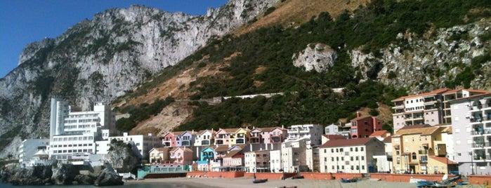 The Rock Hotel is one of tredozio.