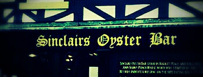 Sinclair's Oyster Bar is one of Manchester to-do.