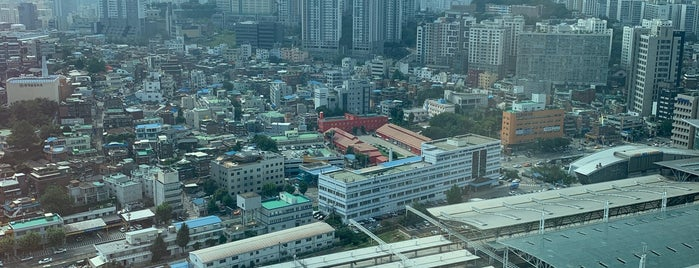 Four Points by Sheraton Seoul, Namsan is one of Seoul.
