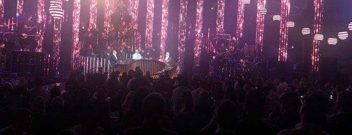 YTON the music show is one of Lugares favoritos de Giorgos.
