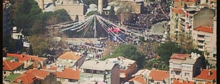 Ulu Cami Çay Bahçesi is one of İsmail'in Kaydettiği Mekanlar.