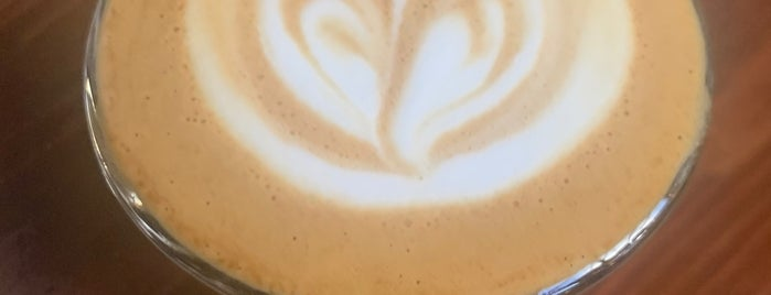 Augie's Coffee Roasters is one of Locais salvos de Elisabeth.