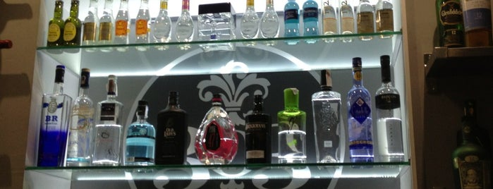 303 Gin Bar is one of lugares madrid.