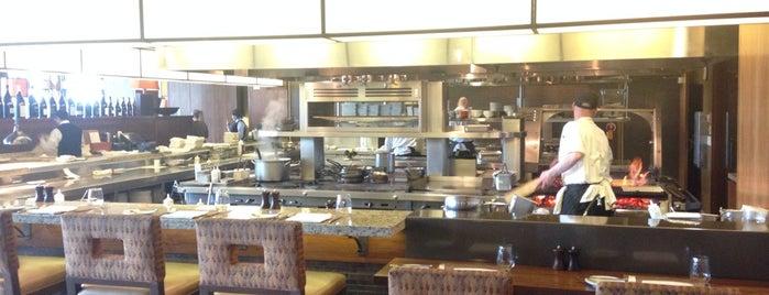 Jory Restaurant & Bar is one of Willamette.