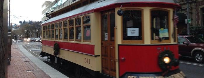 Vintage Trolley is one of Portlandia.
