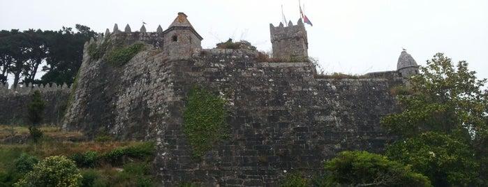 Castillo de Monterreal is one of Lugares favoritos en España.